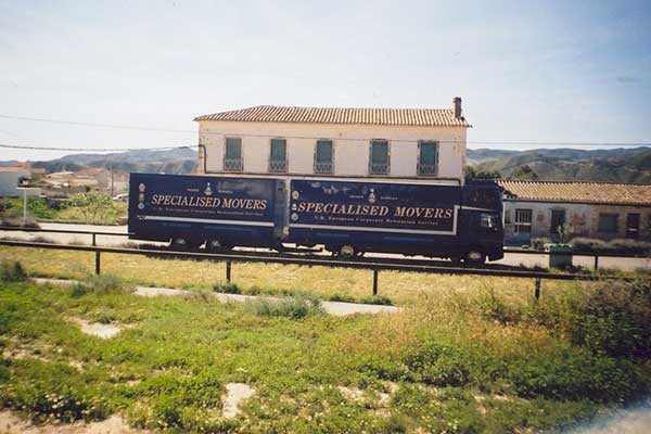 International Removals Road Train